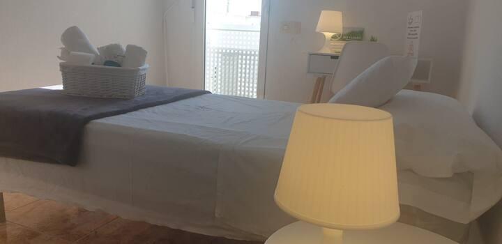 Pensión airbnb concept habitacion ñora