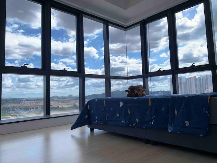 2 Bedroom Apt 4pax BrightonHome@REVO Aurora Place