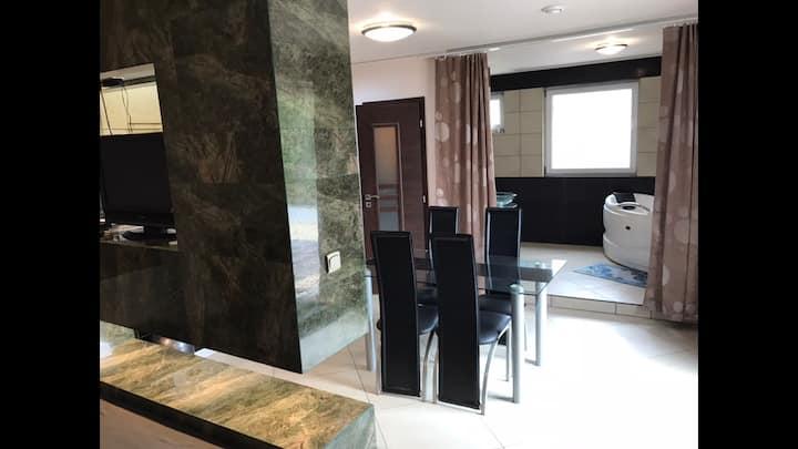 Royal Apartman - Korona panzió - Balog nad Ipľom