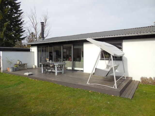 Family friendly house by the forest - Ballerup - Dům