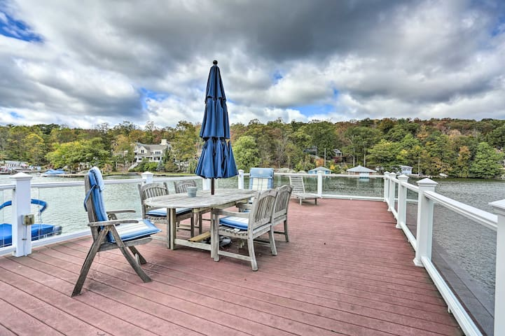 Lake Hopatcong Family Home w/Boat Slip & Dock
