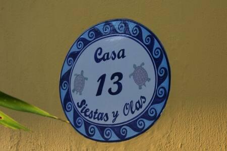 Casa Siestas y Olas - Oceanfront - Del Mar Room - Haus