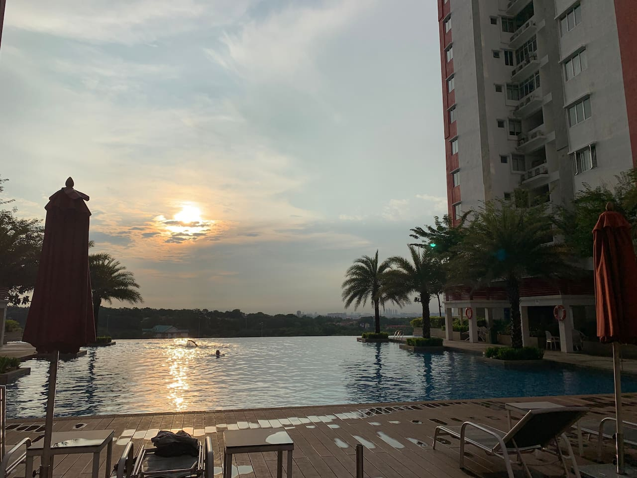 Sunset is amazing by the pool :)