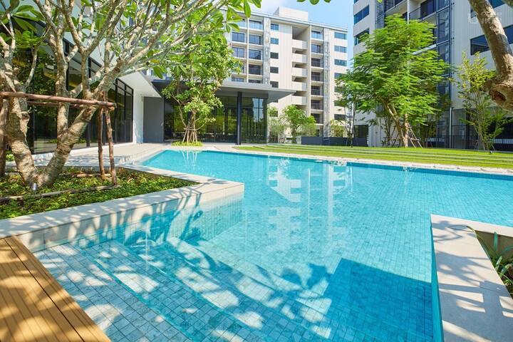 曼谷人家花园一居室,免费花园泳池健身房,码头直达摩天轮夜市、大皇宫、郑王庙,天铁直达暹罗、四面佛商圈