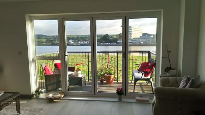 Brand new and stylish, overlooking the River Taw