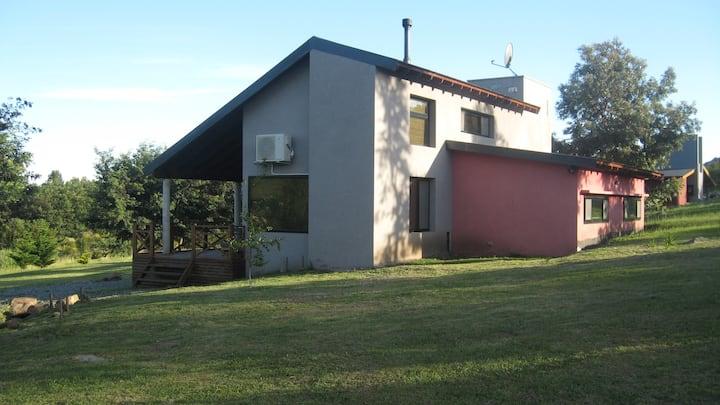 Casa/Cabaña Las Glicinas en Las Golondrinas Tandil
