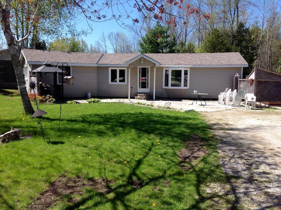 Oliphant Cottage Rental Houses For Rent In South Bruce