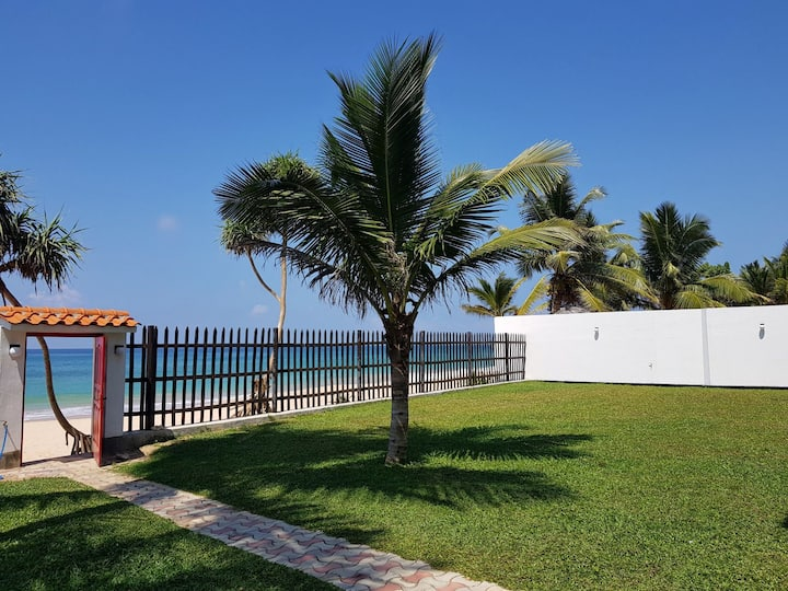 Seashell Villa Beach Front -Big Pool 21% offer