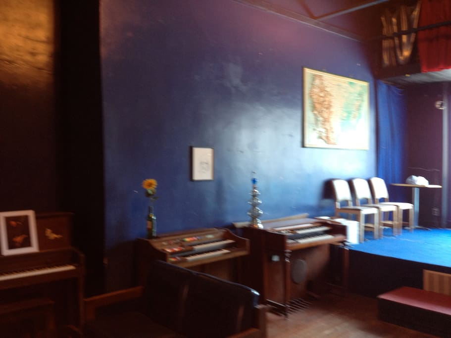 this is the blue shop.  where you can have a magical music stay.
