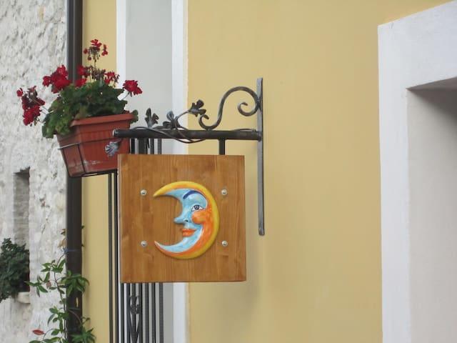 Casa Vacanza Il Sole e La Luna - App. La Luna