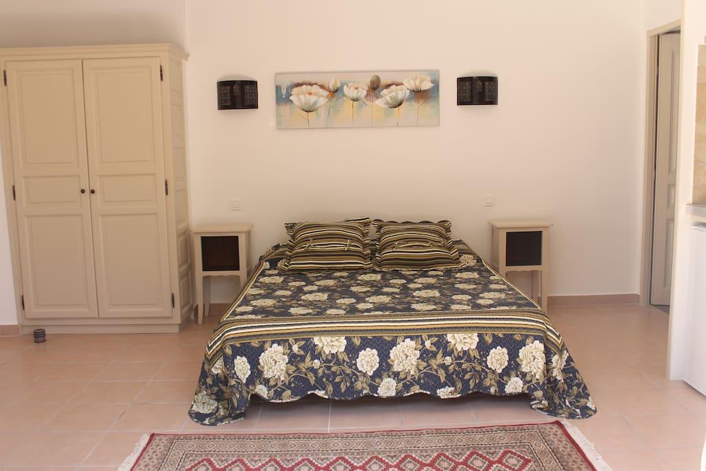 Le lit en 160
