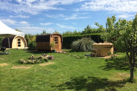 Exclusive Glamping nr Cambridge - Cabana