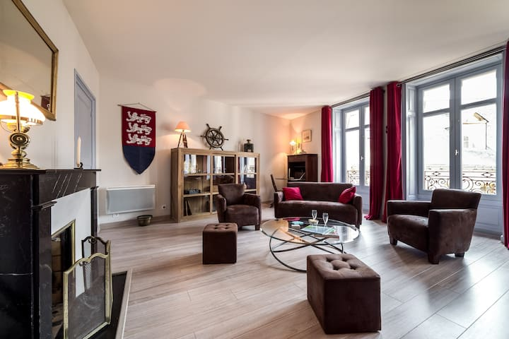 Manegwen duplex in the historical center of Vannes - Vannes - Apartment