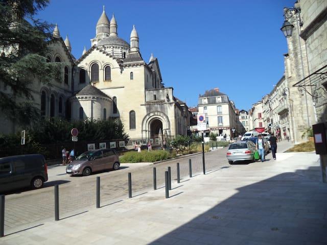 appartement situé dans le quartier historique - Périgueux