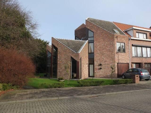 Haus im Grünen bei Antwerpen