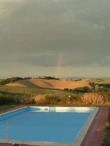 Superates2paxinFantasticVillaSienaView,organicfarm - Siena - Apartment