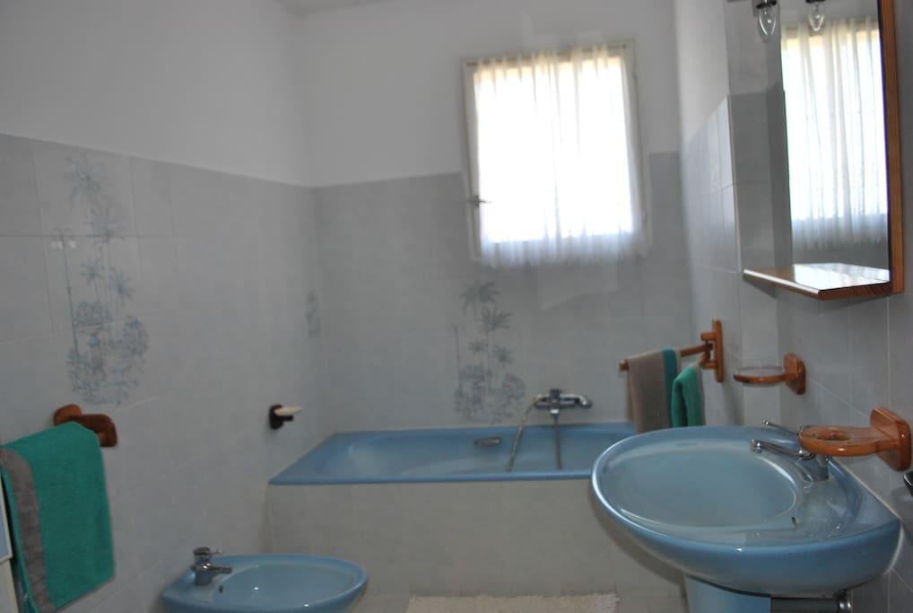 Chambre chez l 39 habitant maisons louer ajaccio corse - Chambre chez l habitant france ...