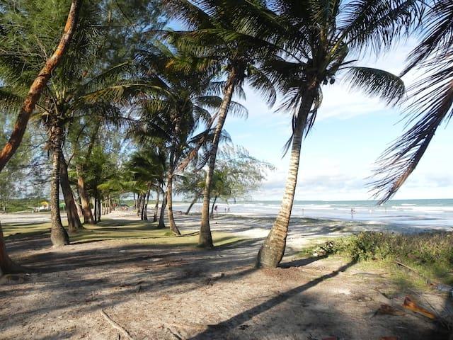 Chalé à Beira-Mar (Praia do Guaibim) - Valença