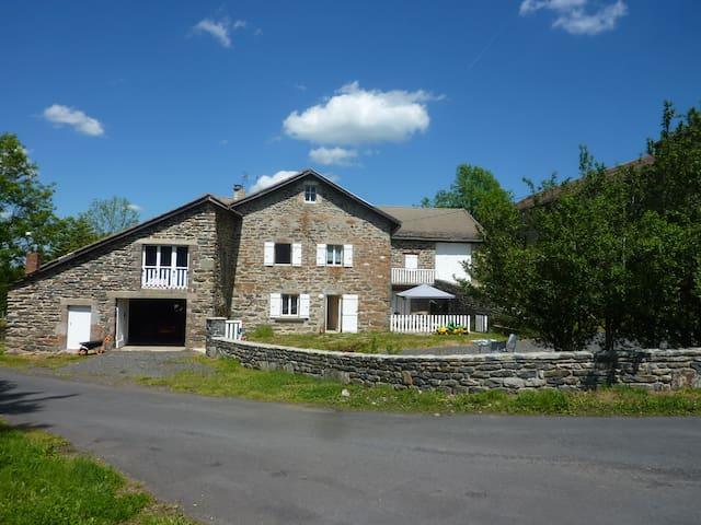 Restored farmhouse, Jeune Loire - Araules - Ev