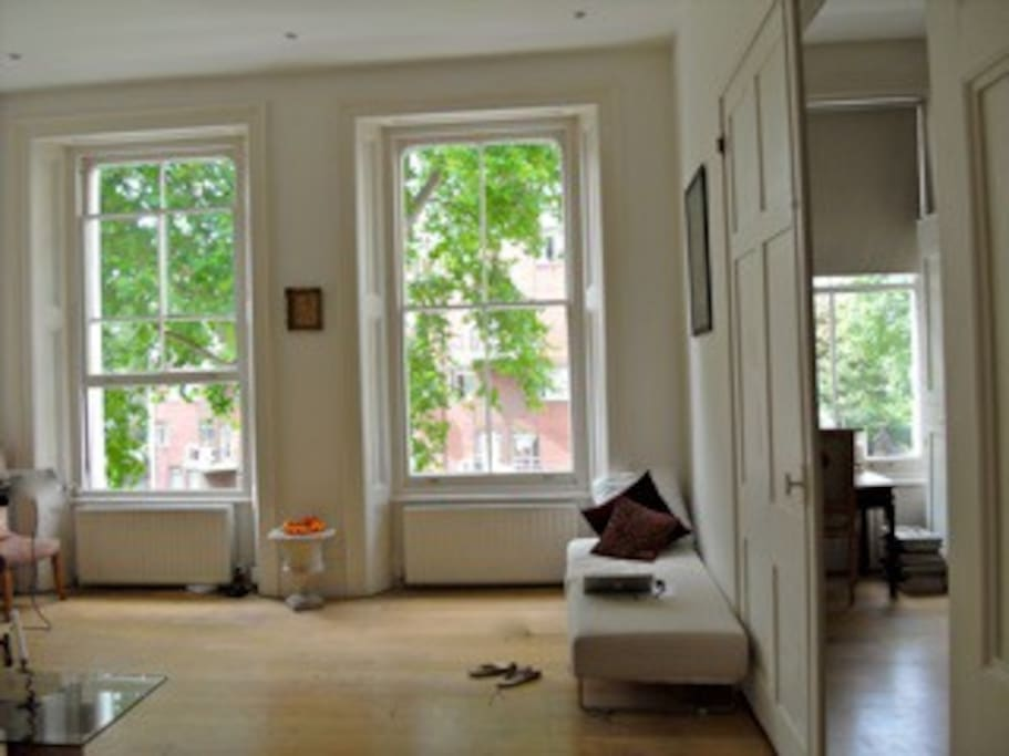 Spacious Hyde Park 2 Bedroom Apartment Apartments For Rent In London United Kingdom