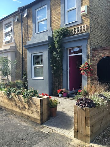 Two bedroomed retreat from London - Sevenoaks - Talo