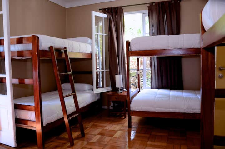 Hostel Urbano Providencia