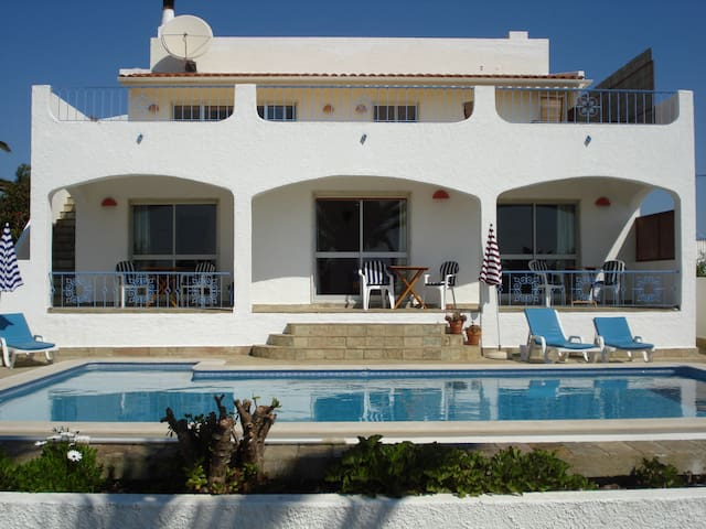 Villa M6 ,Bed and Breakfast,Seaview;Doubleroom2