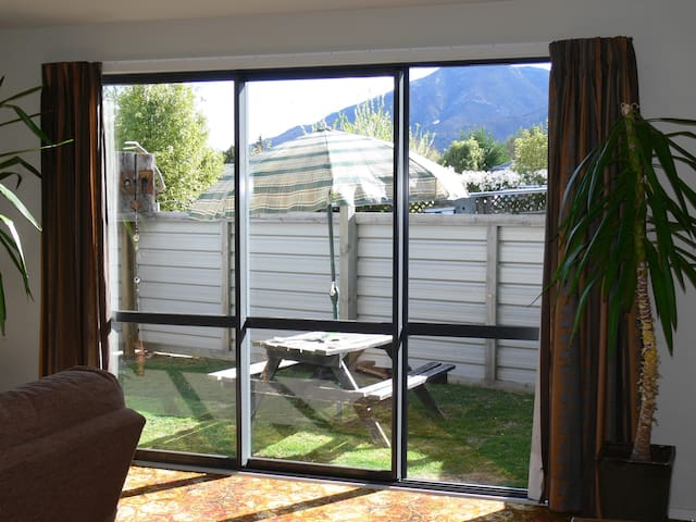 Its a large flat close to Wanaka ,private,ensuite