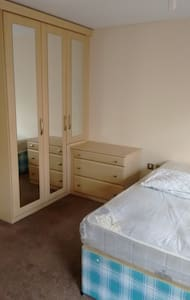 We have 2 double beds with ensuits - Hyde