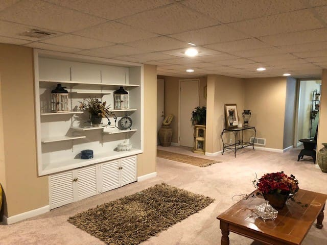 Basement Apartment in Private Home