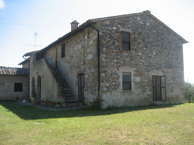 Farmhouse in the Tuscan countryside - Colle di Val d'elsa - House