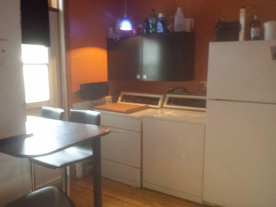 kitchen + washer dryer