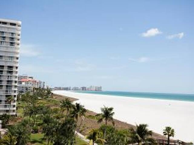SS3 - 2 bed Beach Condo. Beautiful views - Marco Island - Flat