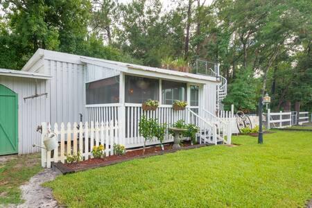 Turn of the Century Florida Homestead