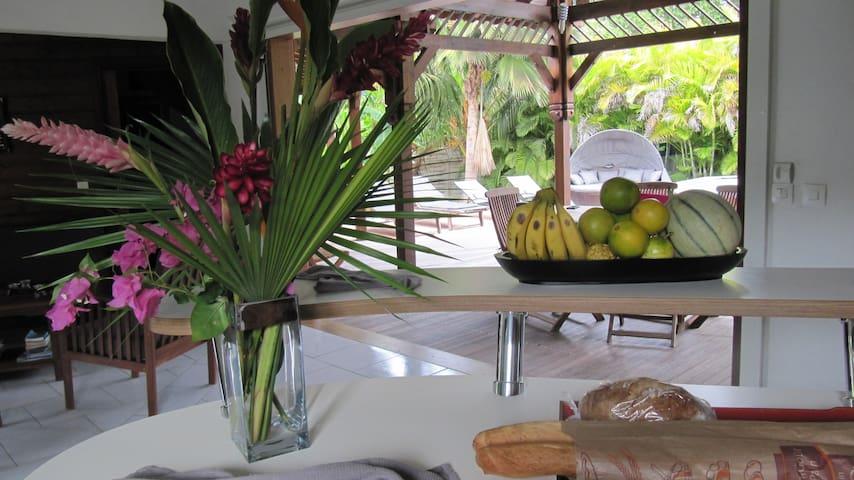 Villa Ciel et Mer-piscine-300m de la mer  charme - GP - Villa