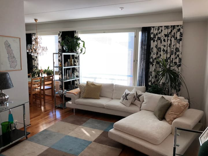 Top floor apartment in the heart of the city