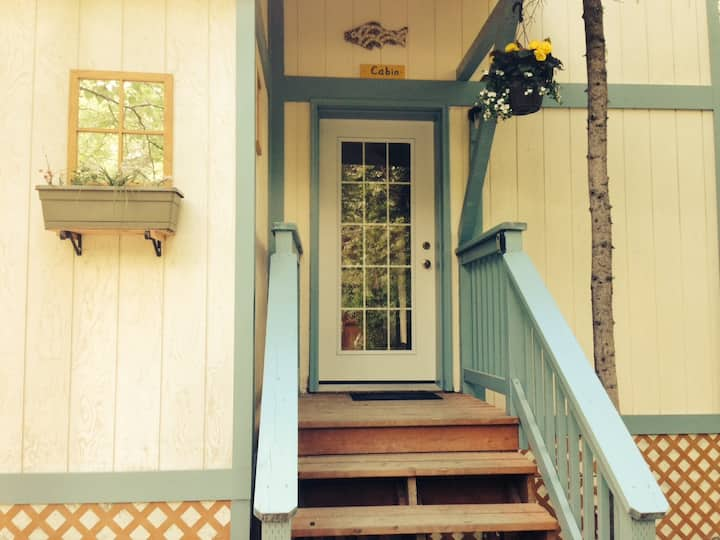 talkeetna eastside cabins- Cabin 20%disc. M-Thrs.