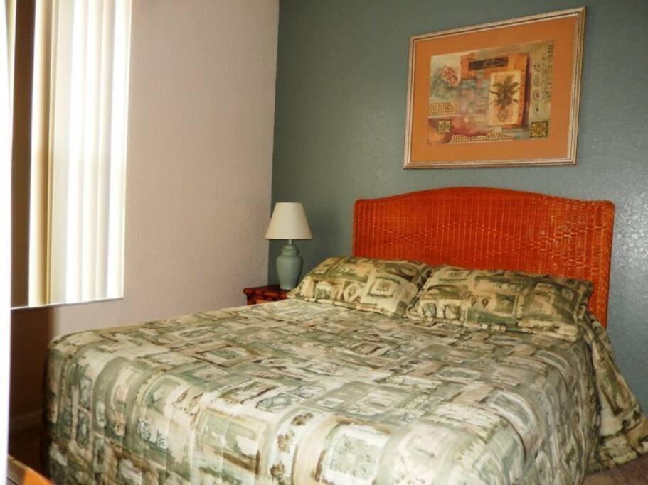 Queen bedroom on main floor with ensuite.