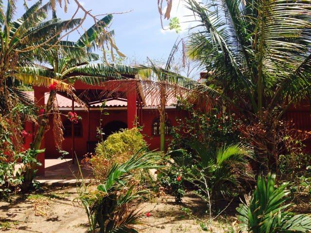 """""""Casa De Ruben""""~ Privacy on a Farm"""