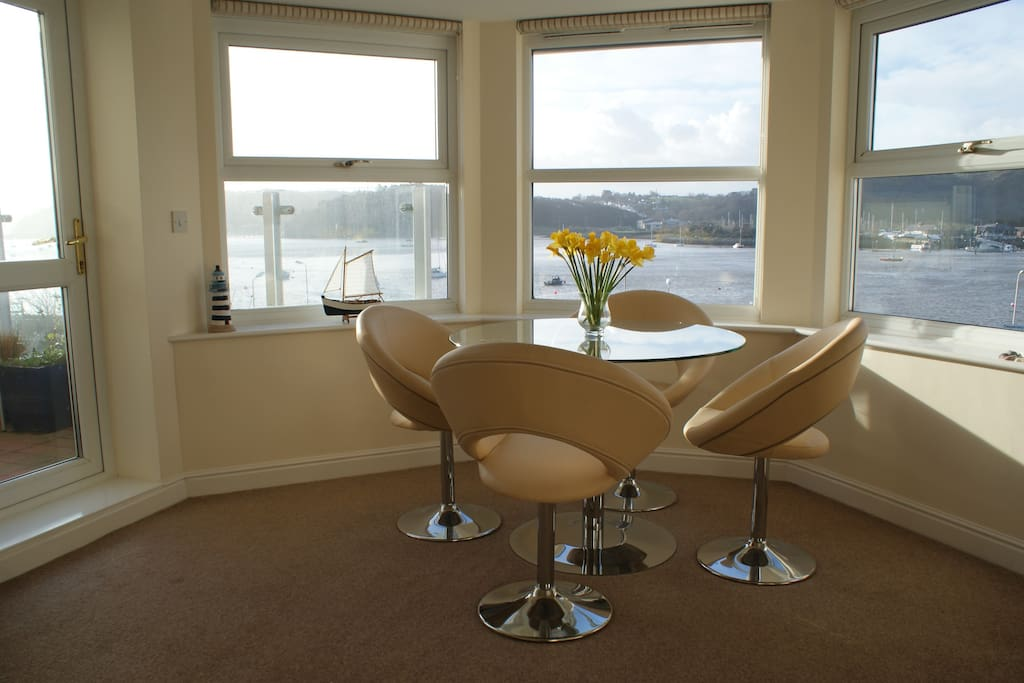 Bright, modern, comfortable accommodation, opening onto a balcony with stunning views.