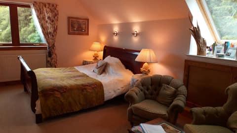 Private Super King room, Speyside Carron Aberlour