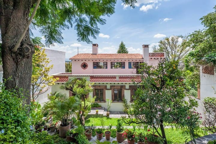 Casa Grande on Chorro, Lots of light, big gardens - San Miguel de Allende - House