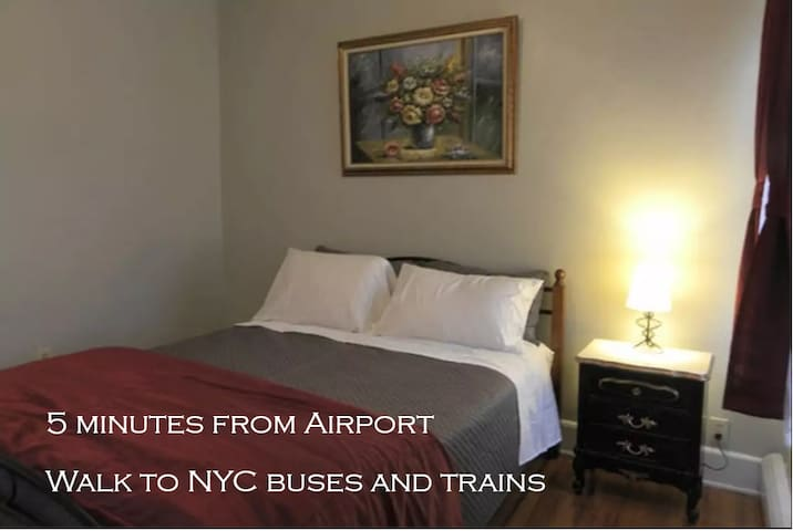 #6 Susana's Place - Minutes from EWR/NYC