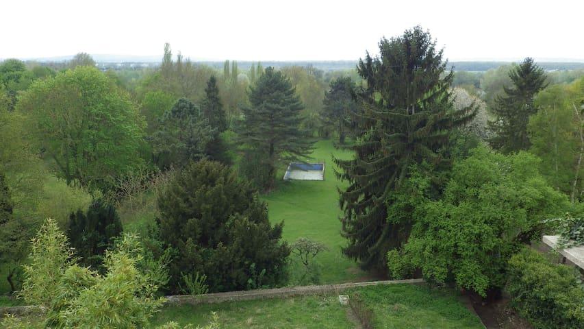 STUDIO DANS UNE DEMEURE DE CHARME - Vaux-sur-Seine - Apartment