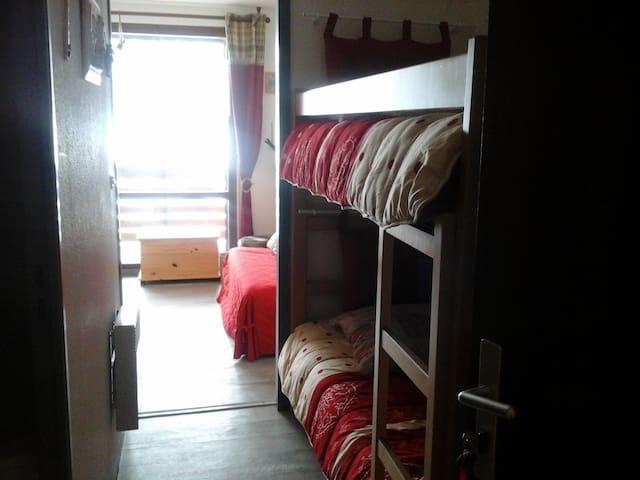 les brettaz - Bellevaux - Apartment
