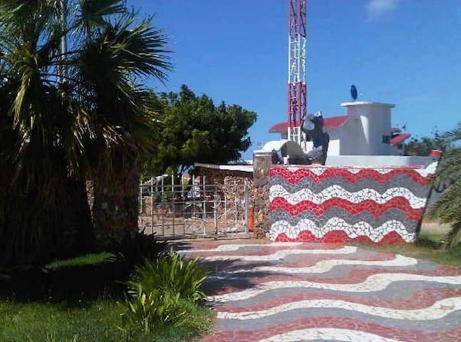 Moderna y Comoda Casa de Playa - Isla de margarita