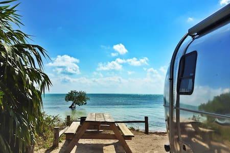 Airstream on the Beach, NC - North Topsail Beach - 露营车/房车