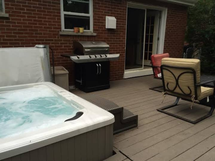 3 BR House 3.5 miles from Downtown Cincinnati