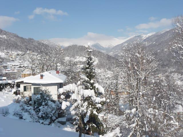 Le Lunelle, full alpine experience - Mezzenile - Huis
