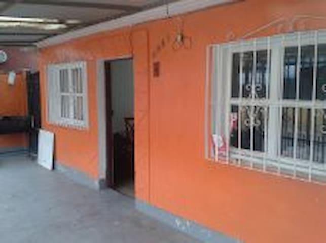 habitacion para 2 personas y mas - Santiago - House